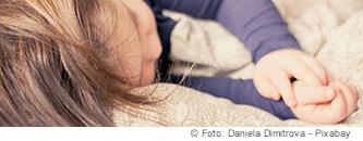 Nachtfluglärm belastet auch den Schlaf von Kindern